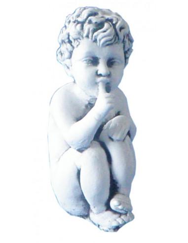 Figura betonowa chłopiec 105