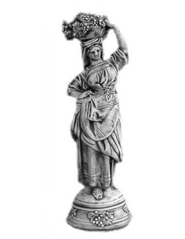 Figura betonowa Kobieta L30